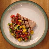 Tuna with Mango Salsa